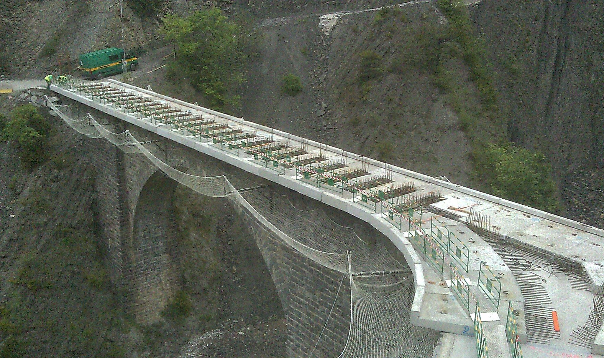 Pont du Roubi 03
